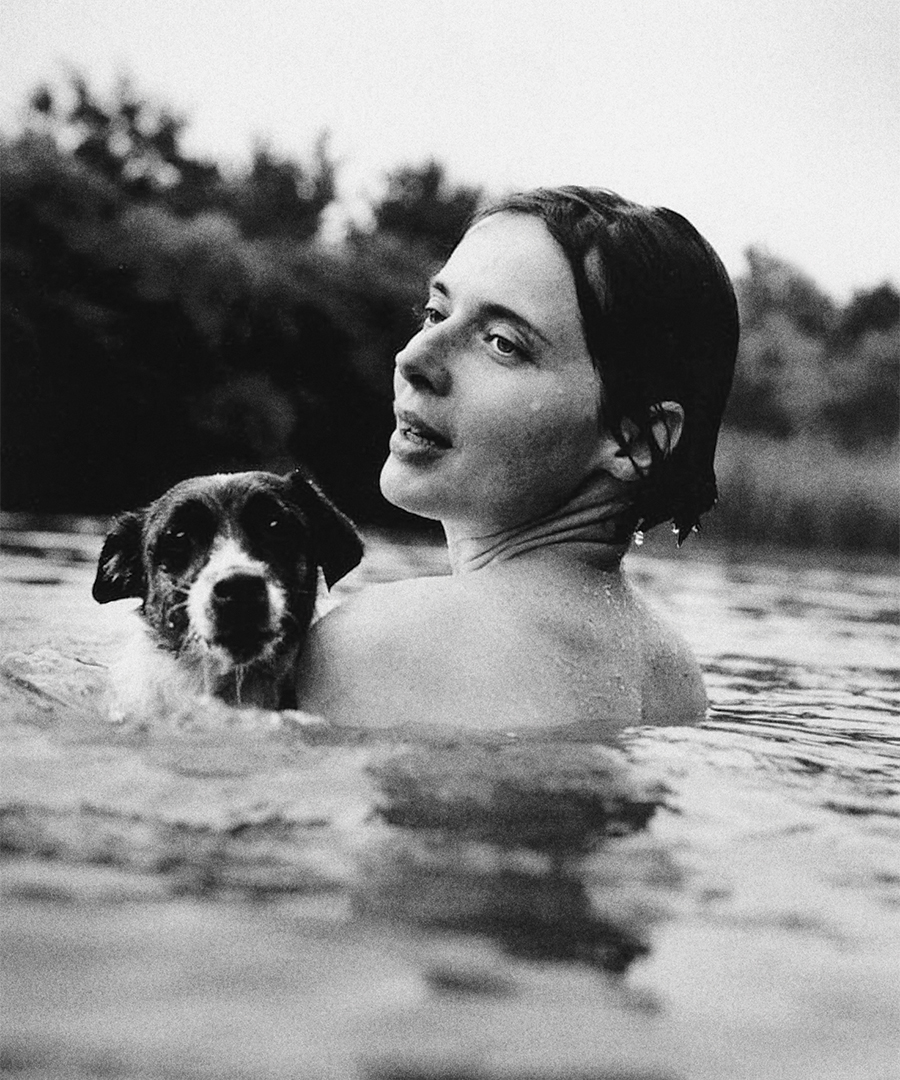 Isabella Rossellini Does Good With Her Love of Dogs