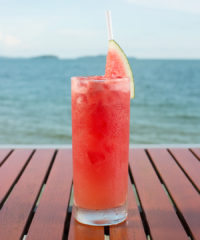 Top 10 Cocktails to Mix This Summer