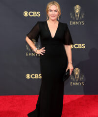 Kate Winslet Was Effortlessly Chic at The Emmys