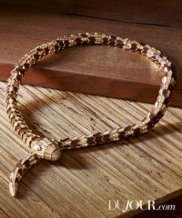 The Surprisingly Natural Jewelry Trend for Fall