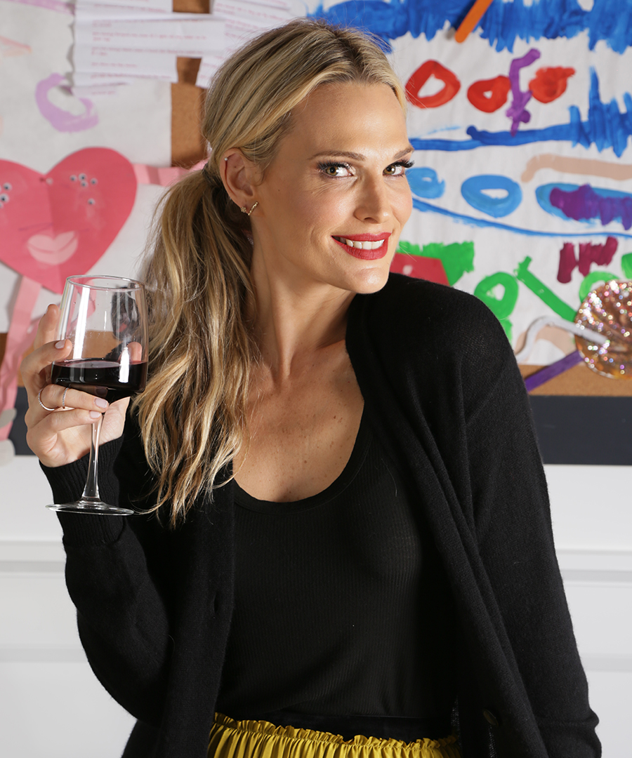 24 Hours With Molly Sims