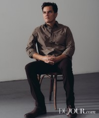 Michael Shannon Has a Drink