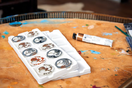 Individually hand-painted dials by Ronnie Wood.