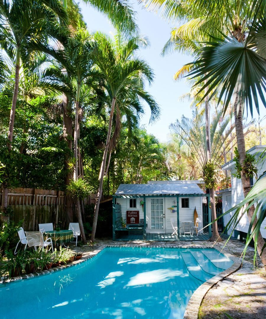 At Home in Coconut Grove – Gallery