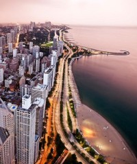 Chicago: A Traveler's Guide