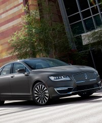 Lincoln's MKZ Whispers Luxury