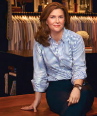 For Kelly Hamilton, it's all about the perfect-fitting shirt