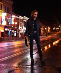 Ronnie Dunn is Back in the Saddle With New Music