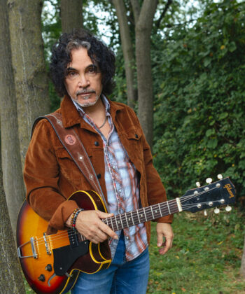 John Oates Will Host Oates Song Fest 7908 to Benefit Feeding America