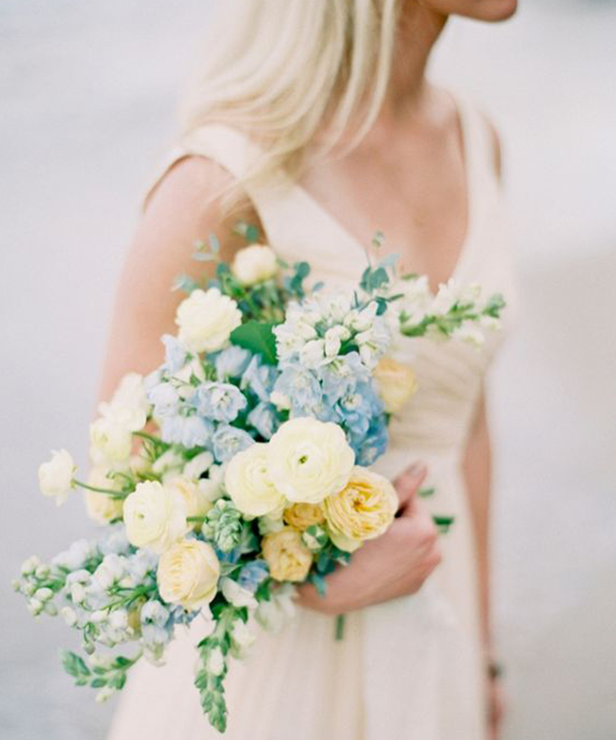8 Beautiful Spring Bouquets