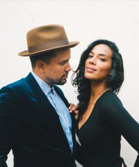 "Folk-Pop Duo Johnnyswim Doesn't Live for ""Average"""