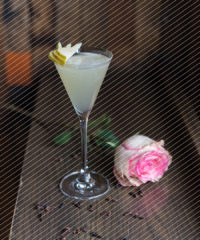 Drink DuJour: Spiced Pear Martini