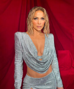Jennifer Lopez Was Mesmerizing at The American Music Awards