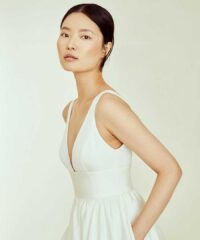 19 Wedding Gowns With Pockets for Every Bride