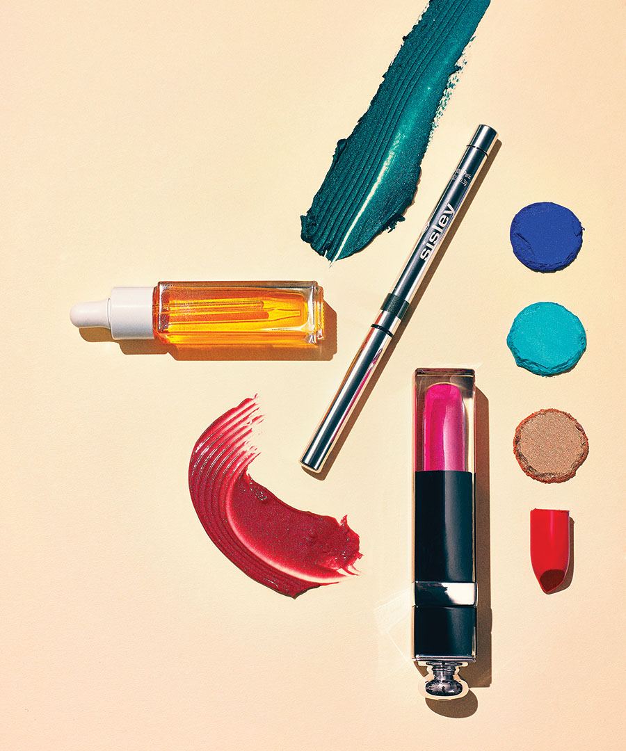 Color Outside the Lines with Bold, Springy Shades