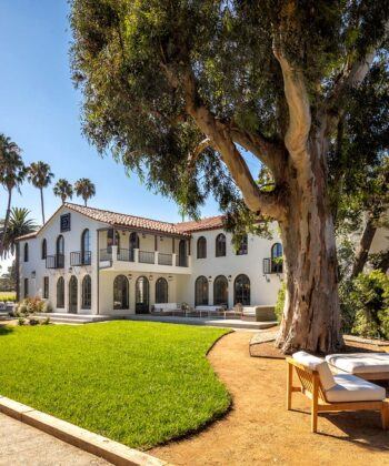 Tour a Scene-Stealing Hollywood Abode