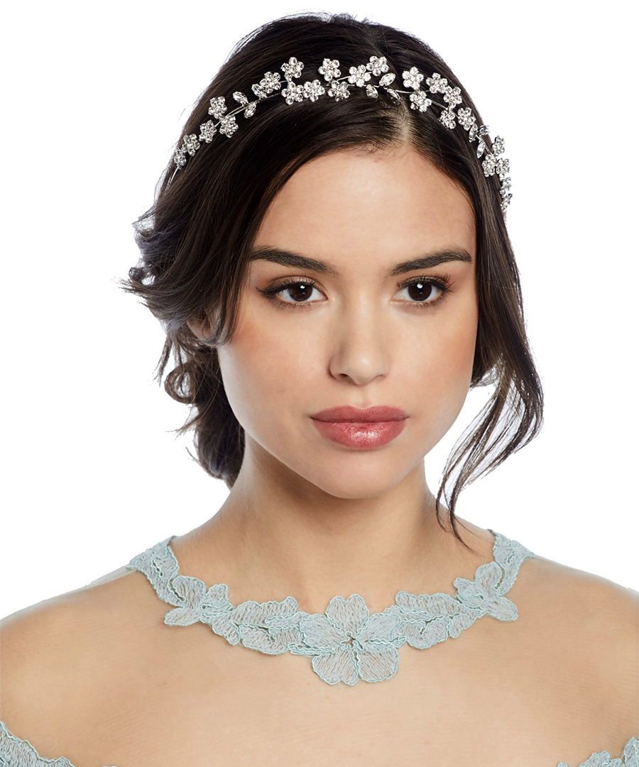 6 Sparkly Wedding Day Accessories For Every Bride