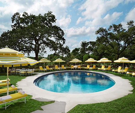 The pool at Commodore Perry Estate
