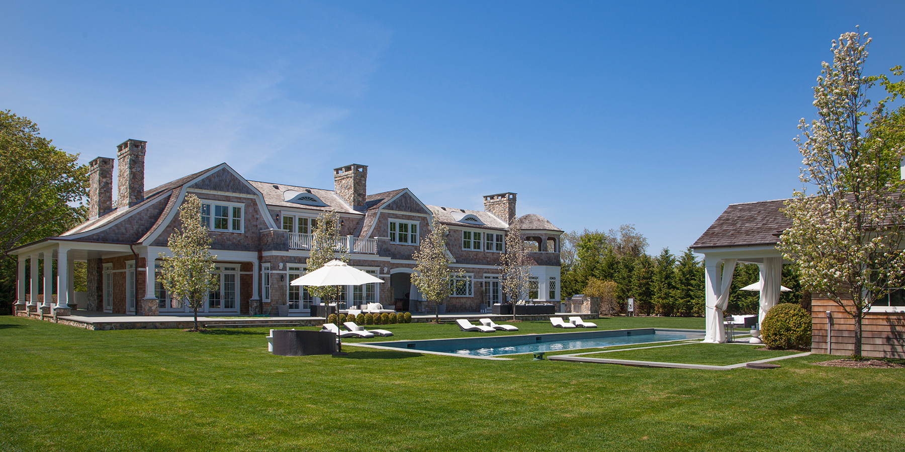 Tour Hamptons Properties Listed By Corcoran Dujour