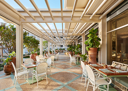 Outdoor dining at Florie's