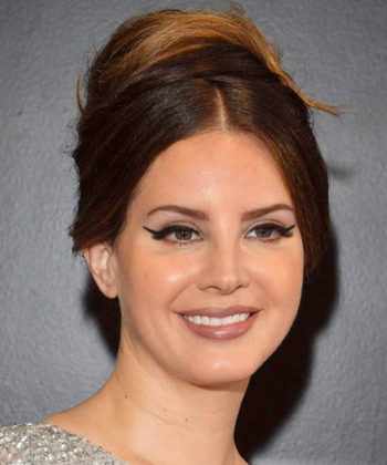 Lana Del Rey's Beauty Look at the Grammy Awards Was Everything