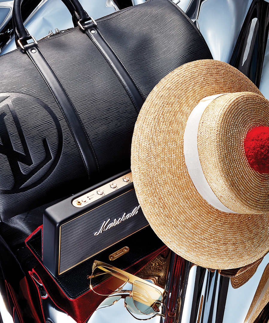 Holiday Gifts For The Jet-Setter
